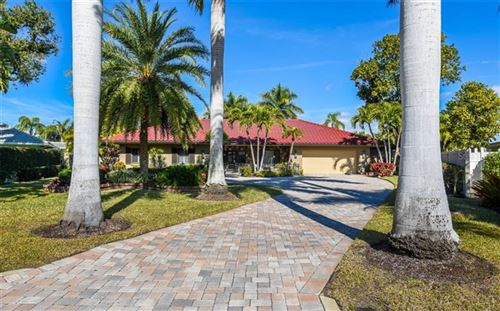 Photo of 532 N SPOONBILL DRIVE, SARASOTA, FL 34236 (MLS # A4487332)