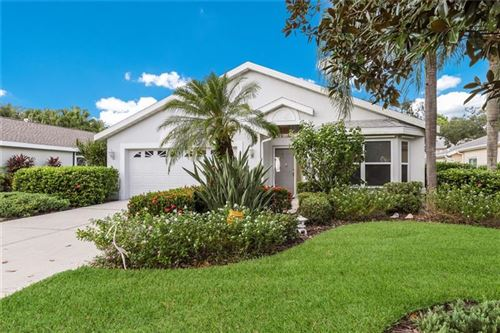 Photo of 4955 OAK RUN DRIVE, SARASOTA, FL 34243 (MLS # A4482334)
