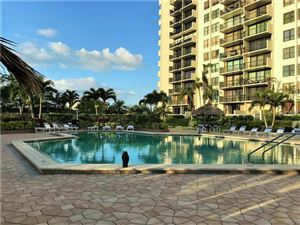 Photo of 400 ISLAND WAY #709, CLEARWATER BEACH, FL 33767 (MLS # U7835334)