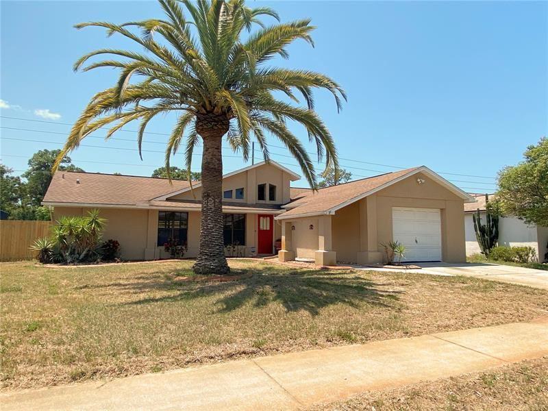 2710 BLOSSOM LAKE DR, Holiday, FL 34691 - MLS#: W7833337