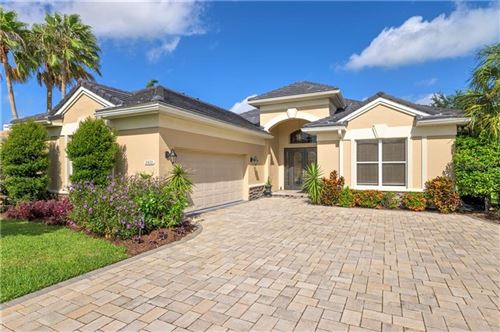 Photo of 8420 MISTY MORNING COURT, LAKEWOOD RANCH, FL 34202 (MLS # A4469339)