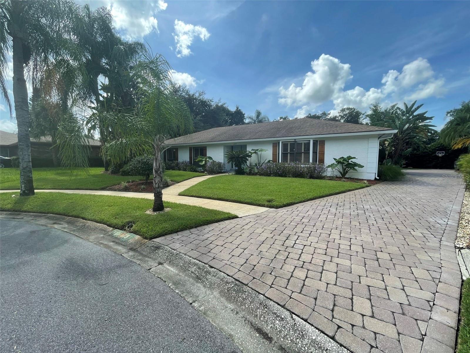 11809 LIPSEY ROAD, Tampa, FL 33618 - MLS#: T3329339