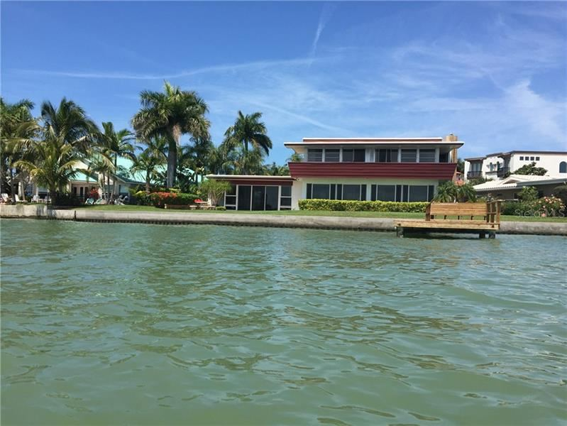 557 173RD AVENUE E, North Redington Beach, FL 33708 - #: U8109339
