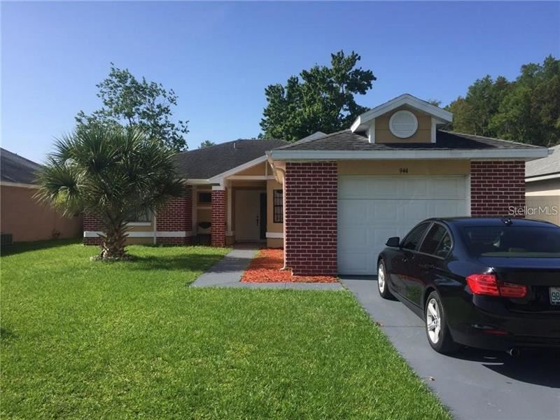 944 OCALA WOODS LANE, Orlando, FL 32824 - MLS#: O5893341