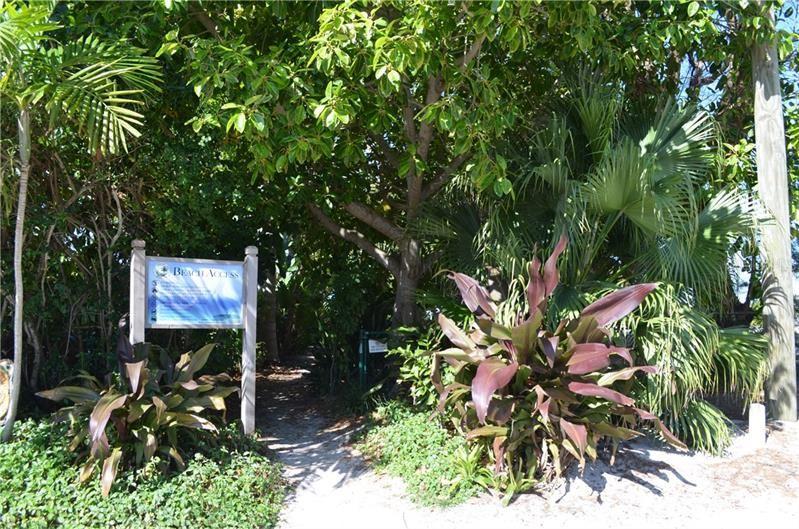 Photo of 104 29TH STREET #2, HOLMES BEACH, FL 34217 (MLS # A4495343)