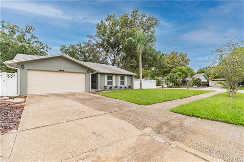 Photo of 1883 SUNSET WOODS COURT, CLEARWATER, FL 33763 (MLS # U8137344)