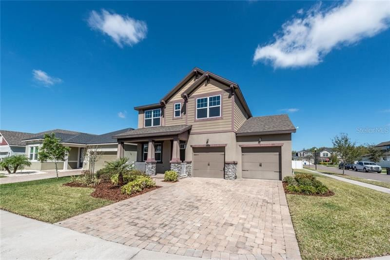 Photo of 12324 EAGLE SWOOP PLACE, RIVERVIEW, FL 33579 (MLS # T3294346)