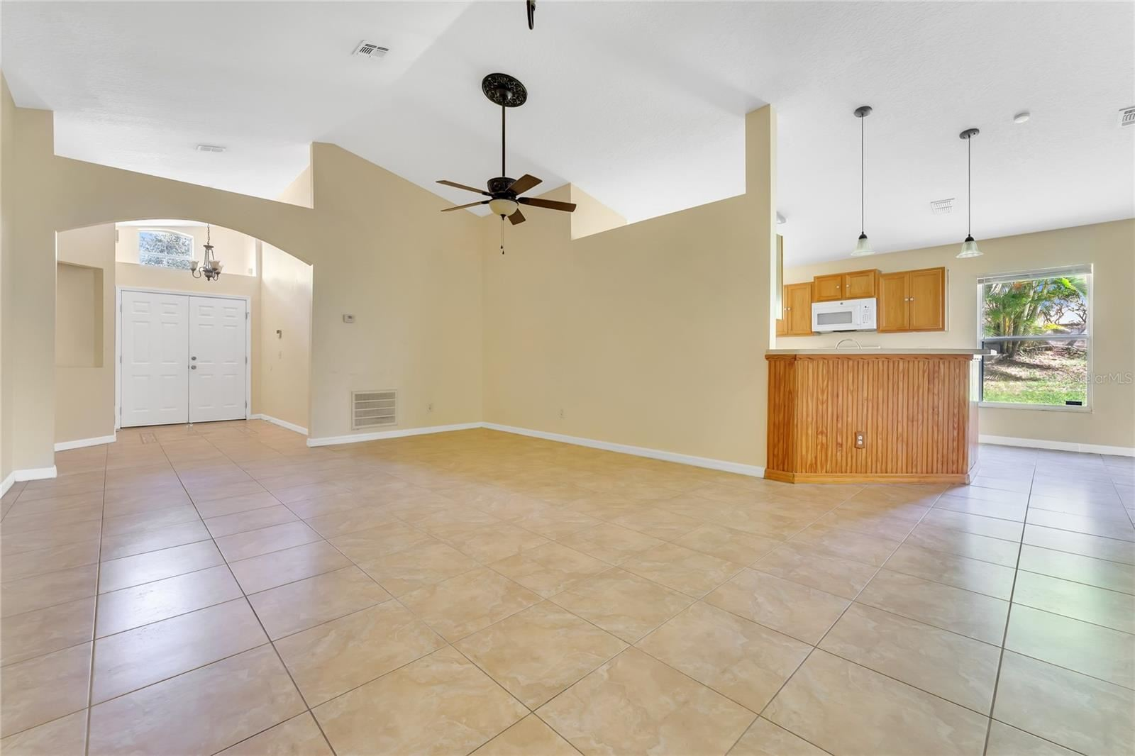 Photo of 1331 WILLOW CREST DRIVE, CLERMONT, FL 34711 (MLS # O5975348)