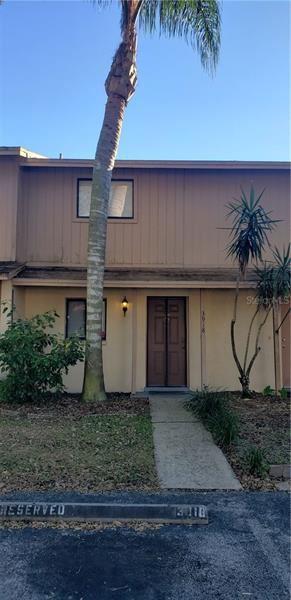 3918 PINE LIMB COURT, Tampa, FL 33614 - #: T3217348