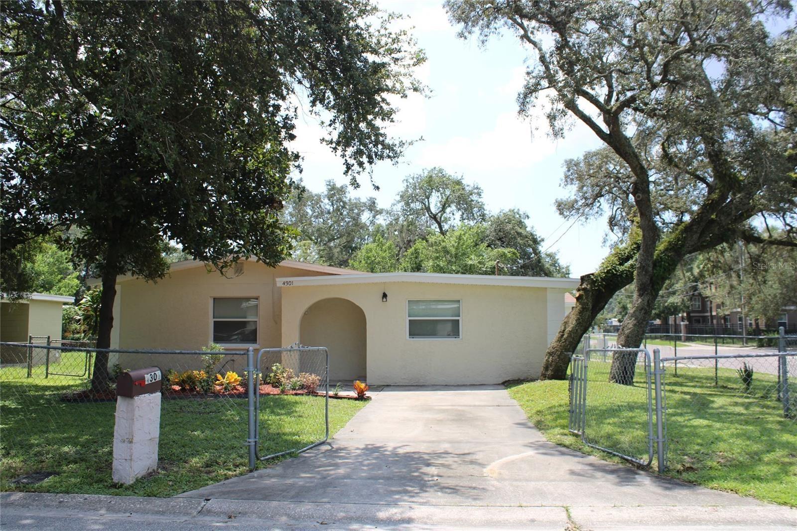 4301 W DELEUIL AVENUE, Tampa, FL 33610 - #: T3328352