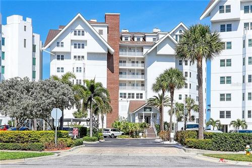 Photo of 1586 GULF BOULEVARD #2703, CLEARWATER, FL 33767 (MLS # U8119354)
