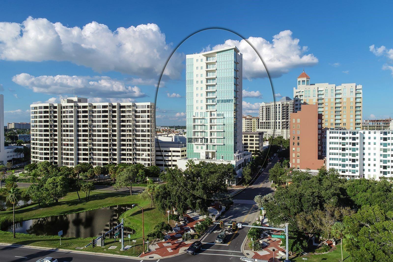 Photo of 1301 MAIN STREET #401, SARASOTA, FL 34236 (MLS # A4502354)