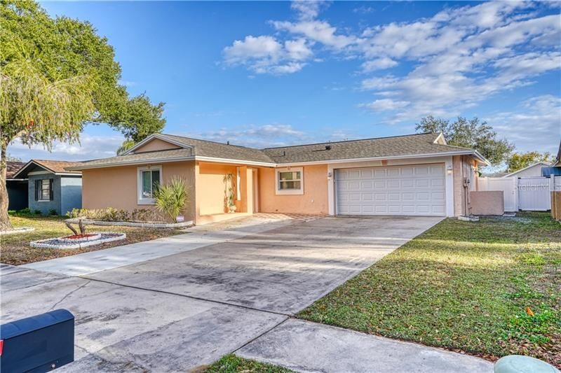10407 OUT ISLAND DRIVE, Tampa, FL 33615 - #: T3285354