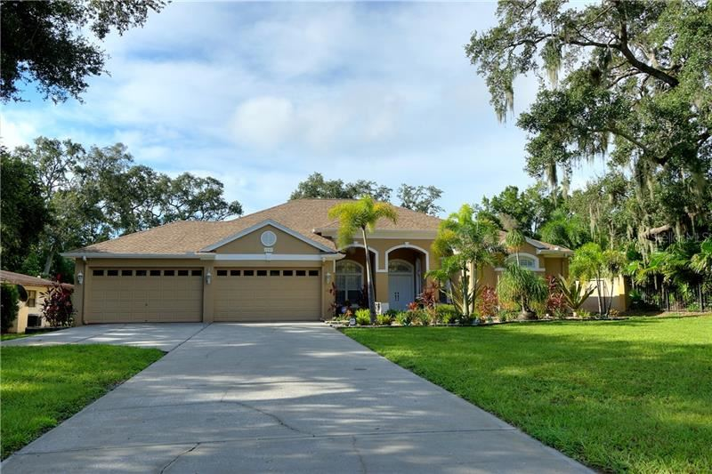 2947 SUNSET POINT ROAD, Clearwater, FL 33759 - #: U8100354