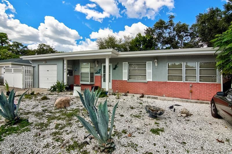 Photo of 2147 FLOYD STREET, SARASOTA, FL 34239 (MLS # A4494356)