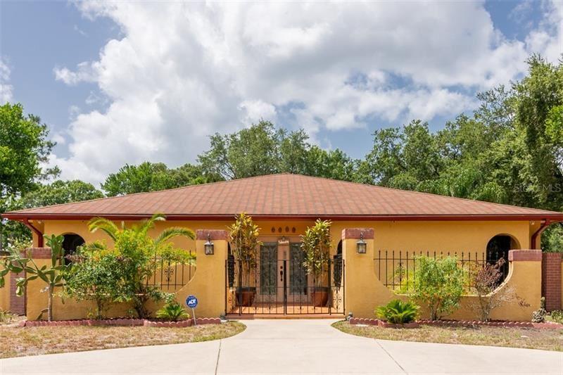1222 MAGDALENE GROVE AVENUE, Tampa, FL 33613 - MLS#: T3252362