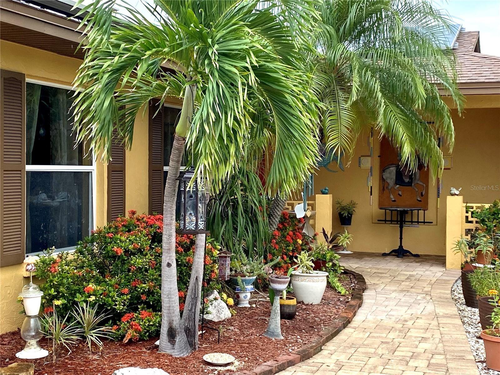 Photo of 615 GLADSTONE LANE, HOLMES BEACH, FL 34217 (MLS # T3323364)
