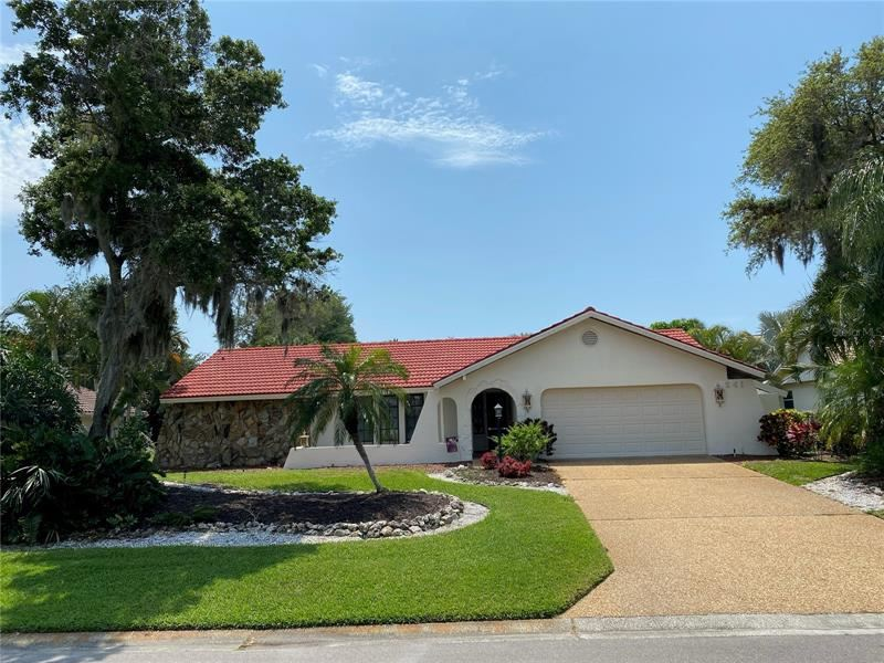 Photo of 241 LOOKOUT POINT DRIVE, OSPREY, FL 34229 (MLS # A4498365)