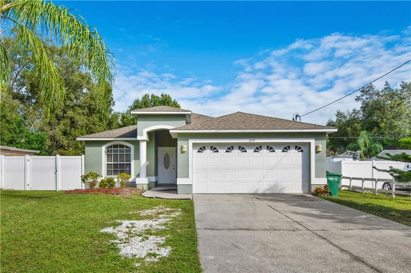 1519 W LINEBAUGH AVENUE, Tampa, FL 33612 - #: T3271365