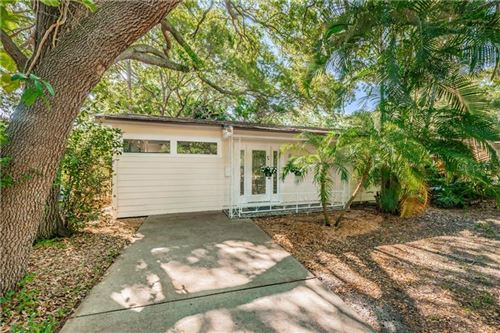 Main image for 930 MONTROSE BOULEVARD N, ST PETERSBURG, FL  33703. Photo 1 of 25