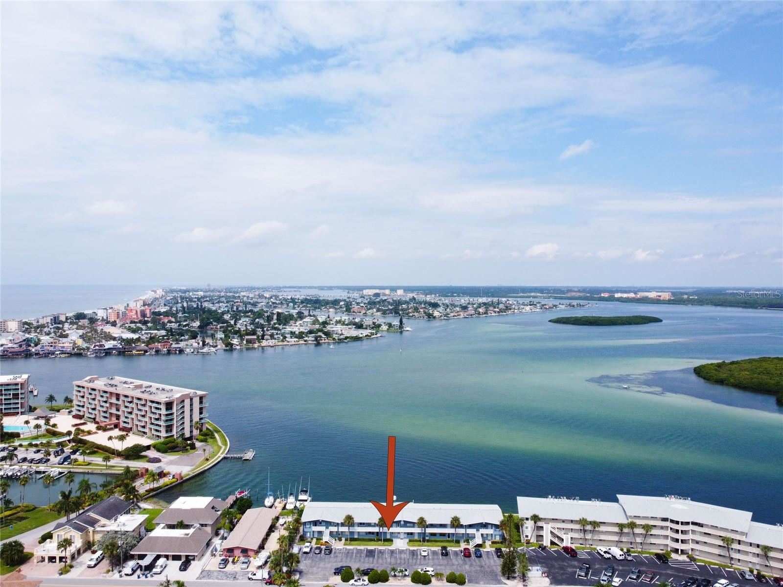 250 126TH AVENUE #105, Treasure Island, FL 33706 - MLS#: U8138366