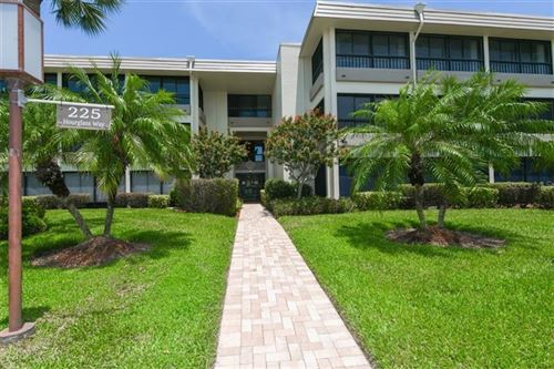 Photo of 225 HOURGLASS WAY #106SUN, SARASOTA, FL 34242 (MLS # A4458369)
