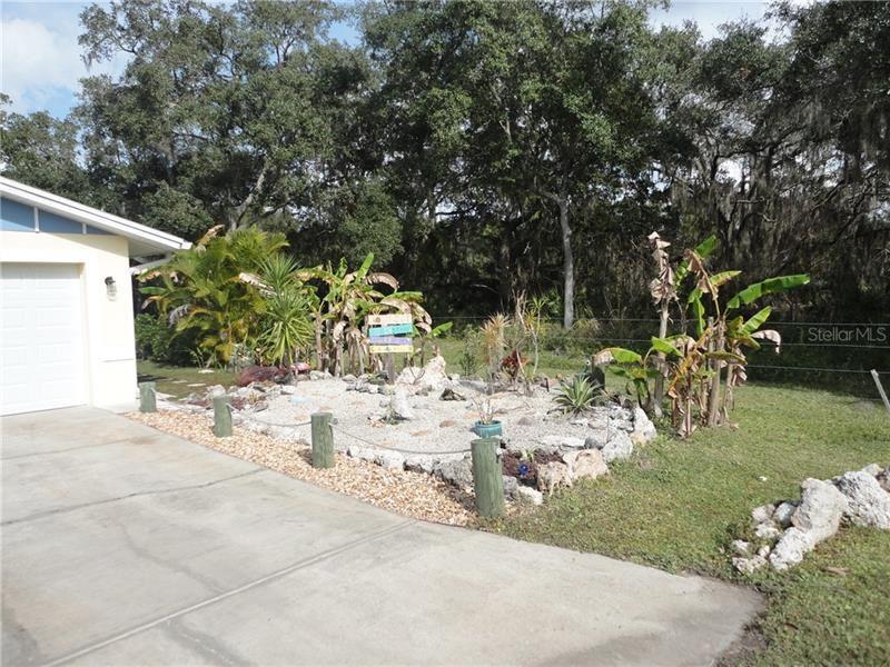Photo of 1722 SHELL DRIVE, ENGLEWOOD, FL 34223 (MLS # U8071369)