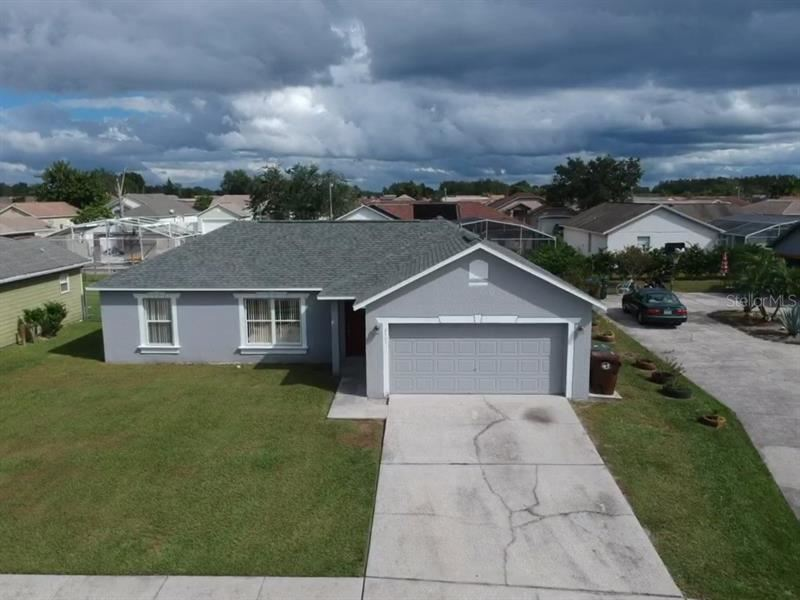 Photo of 2405 LINCOLNSHIRE COURT, KISSIMMEE, FL 34743 (MLS # O5902370)