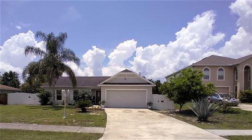 Photo of 909 WILMINGTON DRIVE, DELTONA, FL 32725 (MLS # V4920371)