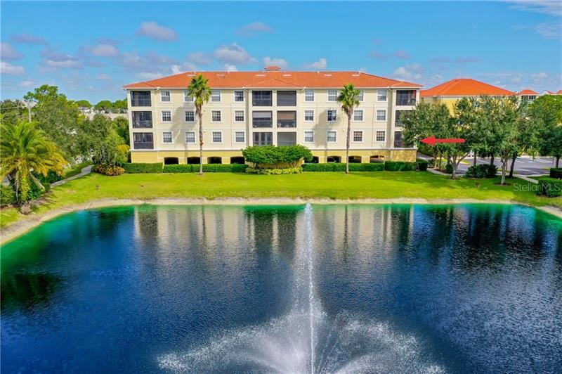 Photo of 920 COOPER STREET #201, VENICE, FL 34285 (MLS # N6112373)