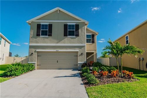 Photo of 7820 TUSCAN BAY CIRCLE, WESLEY CHAPEL, FL 33545 (MLS # U8105374)