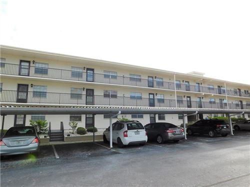 Photo of 1375 DOOLITTLE LANE #104, DUNEDIN, FL 34698 (MLS # U8105379)