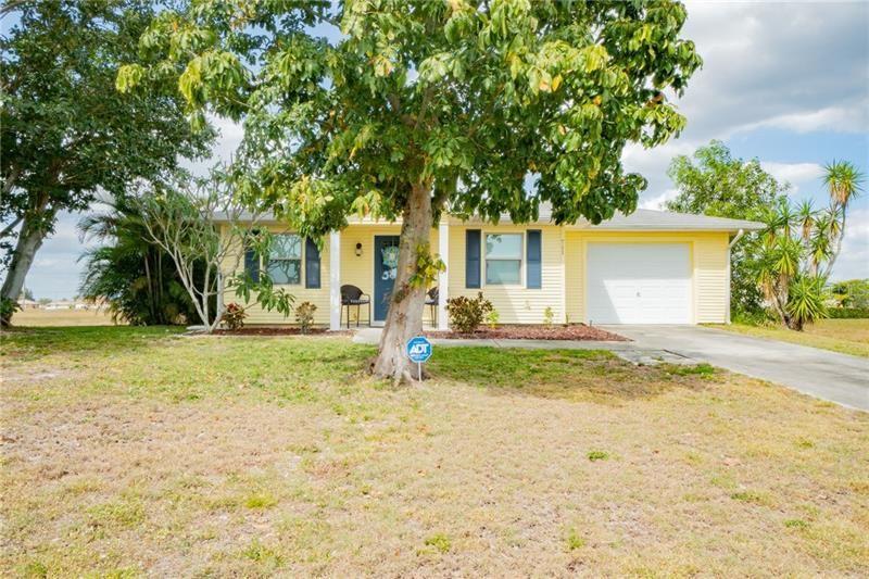 711 NE 15TH TERRACE, Cape Coral, FL 33909 - #: C7427380
