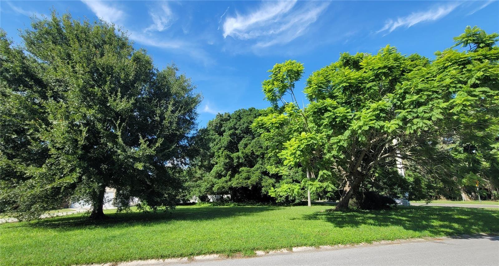 Photo of 920 51ST STREET W, BRADENTON, FL 34209 (MLS # A4513381)