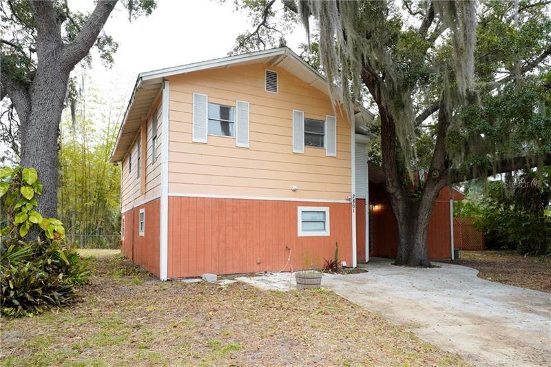 Photo of 2861 ARROWHEAD ROAD, VENICE, FL 34293 (MLS # N6113381)