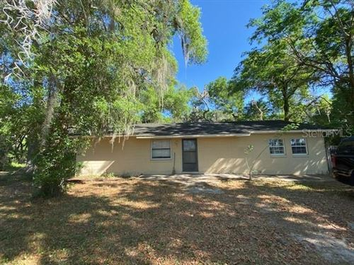Photo of 20145 SE HIGHWAY 42, UMATILLA, FL 32784 (MLS # OM602382)