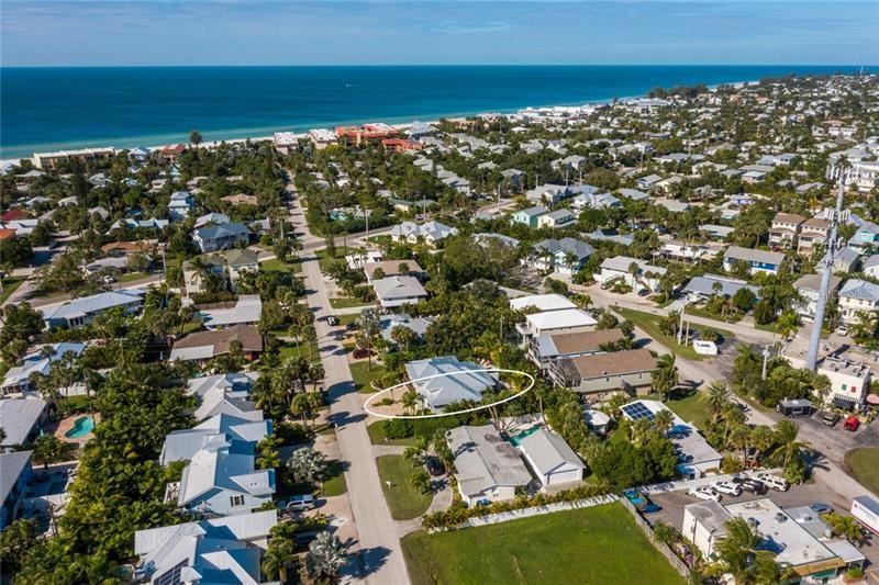 Photo of 310 58TH STREET #B, HOLMES BEACH, FL 34217 (MLS # A4484382)