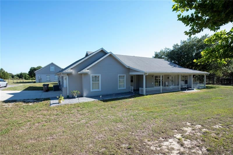 Photo of 10311 DOG PATCH LANE, CLERMONT, FL 34715 (MLS # S5050382)
