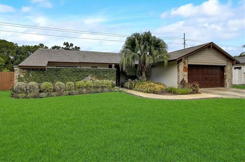 Photo of 12105 CYPRESS HOLLOW PLACE, TAMPA, FL 33624 (MLS # T3320383)