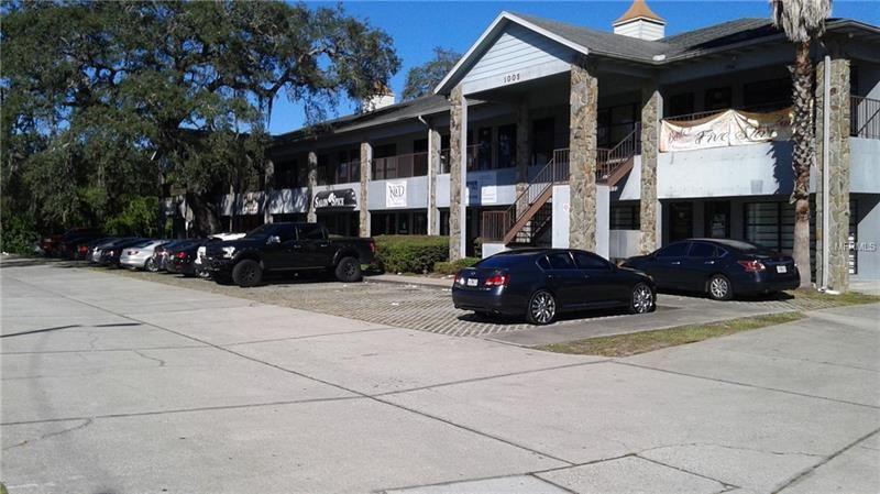 1005 W BUSCH, Tampa, FL 33612 - MLS#: T3141383
