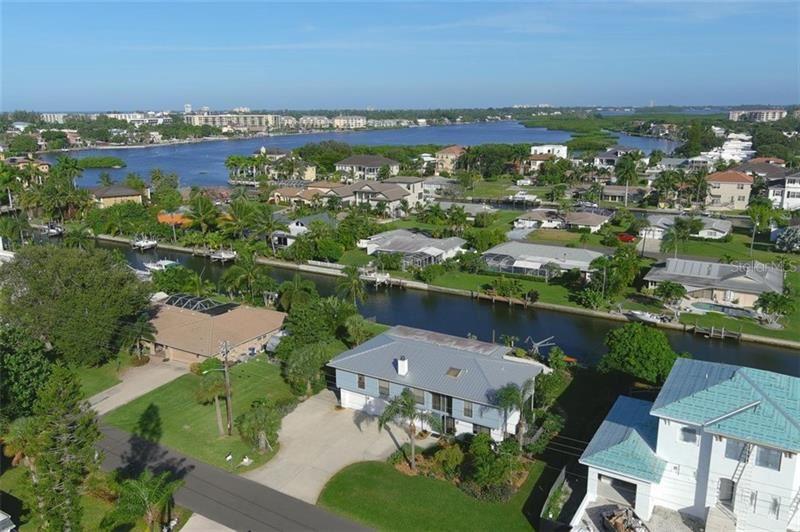1601 RIDGEWOOD LANE, Sarasota, FL 34231 - #: A4480384