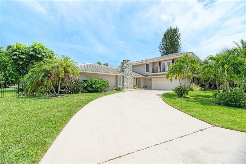 Photo of 1225 WHITEHALL PLACE, SARASOTA, FL 34242 (MLS # A4460386)