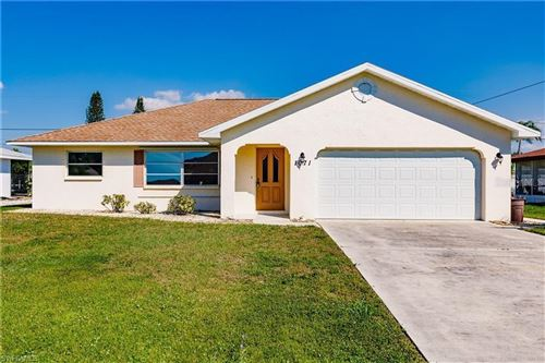Photo of 1071 MONTANA AVENUE, ENGLEWOOD, FL 34223 (MLS # A4506387)