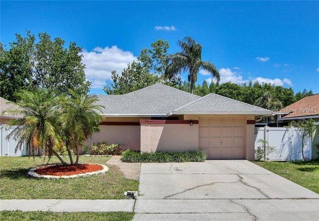 5944 BIRCHWOOD DRIVE, Tampa, FL 33625 - MLS#: T3296388