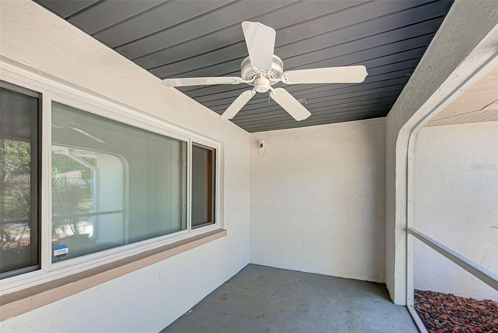 Photo of 392 HARVARD ROAD, VENICE, FL 34293 (MLS # D6119389)