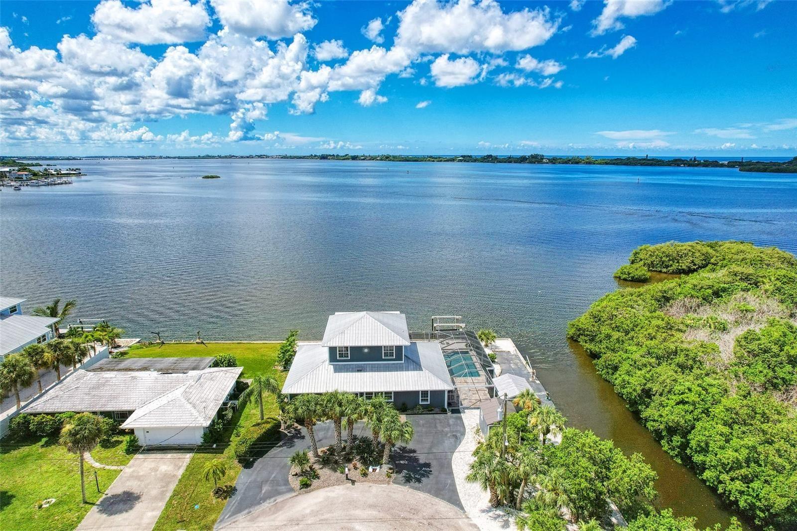 Photo of 949 SUNCREST LANE, ENGLEWOOD, FL 34223 (MLS # D6120396)