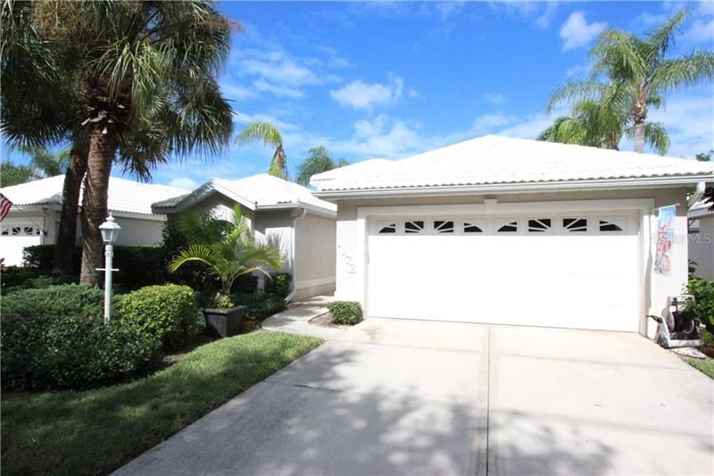 Photo of 1172 SOUTHLAKE COURT, VENICE, FL 34285 (MLS # N6112396)