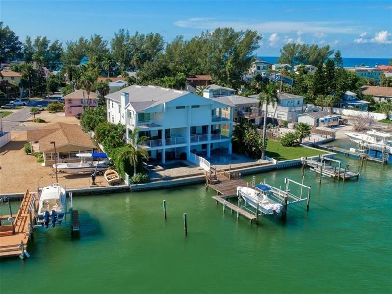 8341 BAYSHORE DRIVE #8341, Treasure Island, FL 33706 - #: U8104397