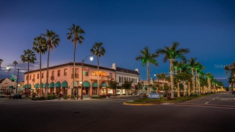 Photo of 305 AURORA STREET E, VENICE, FL 34285 (MLS # N6114398)