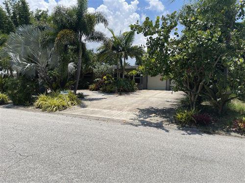Photo of 2708 WISTERIA PLACE, SARASOTA, FL 34239 (MLS # T3320400)